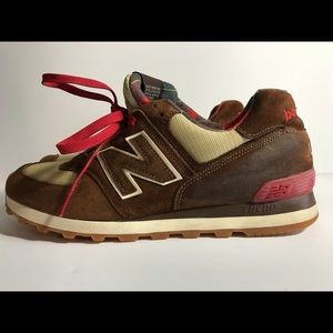 New balance 574 brown suede size 10.5 pre owned
